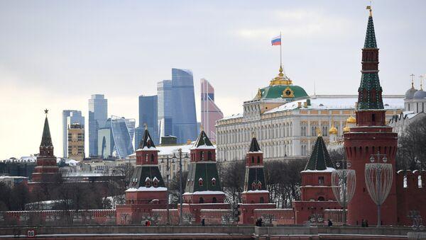 Moskovski Kremlj i obala reke Moskve - Sputnik Srbija