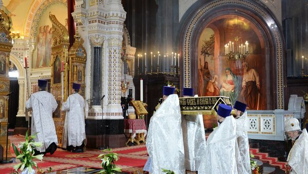 Uskršnje bogosluženje u Hramu Hrista Spasitelja u Moskvi - Sputnik Srbija