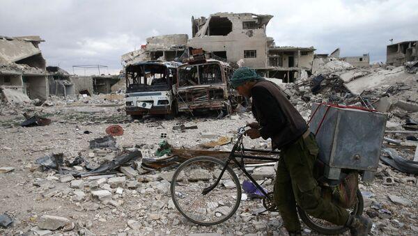 Razrušene zgrade u sirijskom gradu Duma - Sputnik Srbija