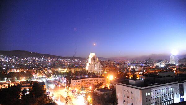 Raketa iznad Damaska - Sputnik Srbija