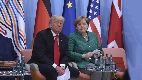 Nemačka kancelarka Angela Merkel i predsednik SAD Donald Tramp - Sputnik Srbija