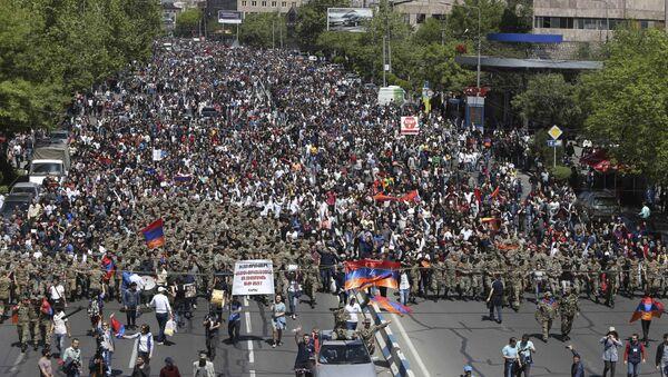Протести у Јерменији против премијера Сержа Саргсјана - Sputnik Србија
