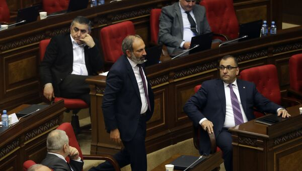 Opozicioni kandidat za premijera Jermenije Nikol Pašinjan - Sputnik Srbija