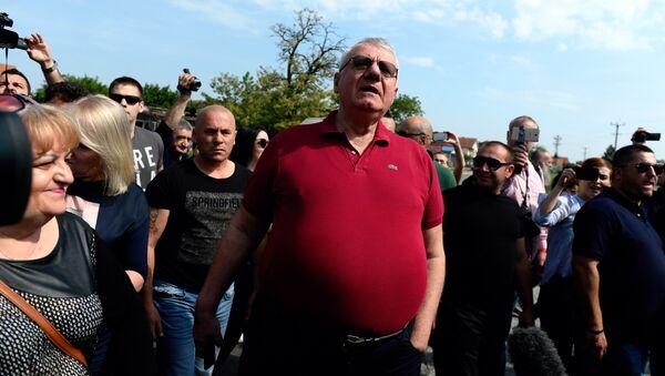 Lider Srpske radikalne stranke Vojislav Šešelj na skupu u Jarku - Sputnik Srbija