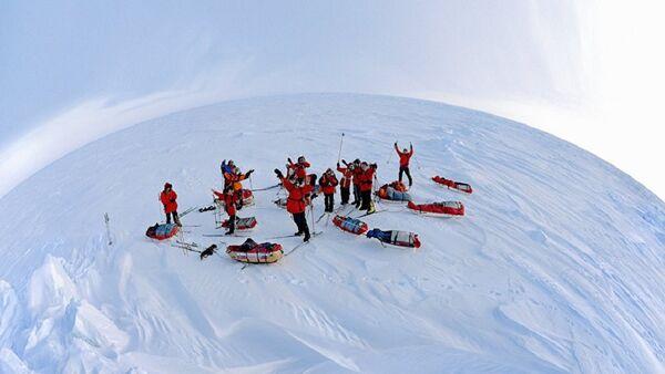 Ekspedicija na Antarktiku - Sputnik Srbija