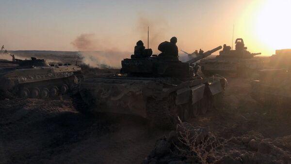Сиријска војска на позицијама у Дејр ел Зору - Sputnik Србија