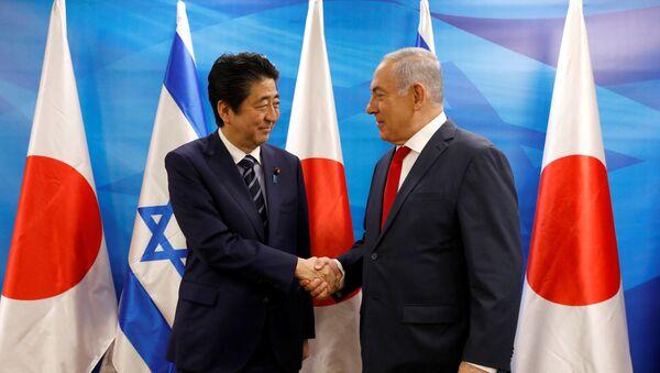 Premijer Japana Šinzo Abe i premijer Izraela Benjamin Netanijahu - Sputnik Srbija