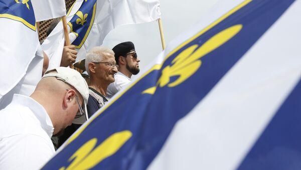 Bošnjačke zastave na protestu u Sarajevu, 4. maja 2018. godine - Sputnik Srbija