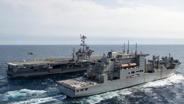 Ударна група америчке морнарице на челу са носачем авиона Хари Труман - Sputnik Србија