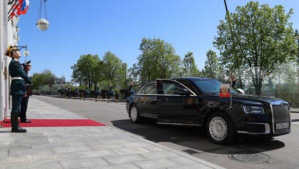 Automobil predsednika Rusije Aurus na ceremoniji inauguracije Vladimira Putina - Sputnik Srbija