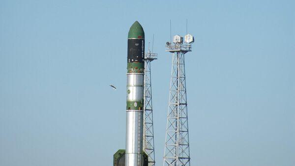 Lansiranje rakete-nosača RS-20 Dnjepar - Sputnik Srbija
