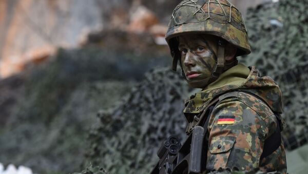 Nemački vojnik na vojnim vežbama 23. pešadijske brigade Bundesvera na jugu Nemačke - Sputnik Srbija