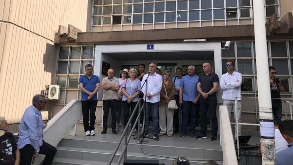 Protesti DF-a u Podgorici i podrška uhapšenim članovima koji su u zatvoru Spuž - Sputnik Srbija