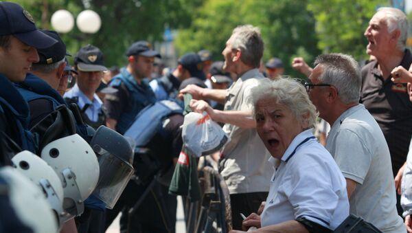 Протест у знак подршке Николи Груевском у Скопљу - Sputnik Србија