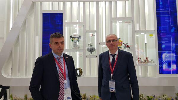 Bogdan Igić i Nebojša Milosavljević na forumu u Sankt Peterburgu - Sputnik Srbija
