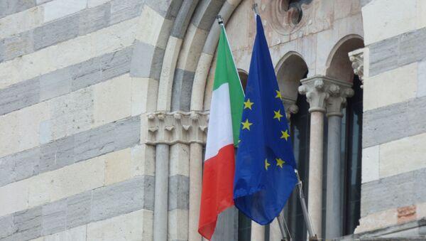 Заставе Италије и ЕУ - Sputnik Србија
