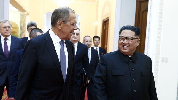 Kim Džong Un i Sergej Lavrov - Sputnik Srbija