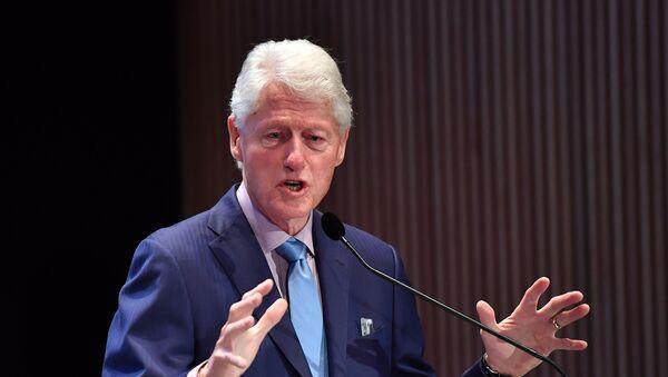 Бивши амерички председник Бил Клинтон - Sputnik Србија