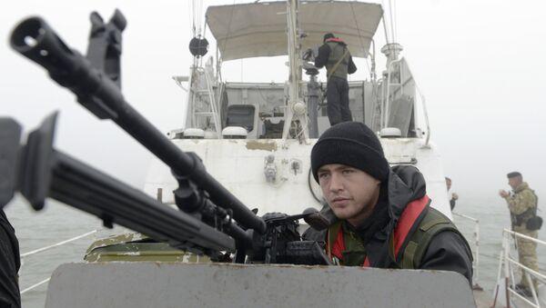 Обалска стража Украјине на Азовском мору у близини Мариупоља - Sputnik Србија