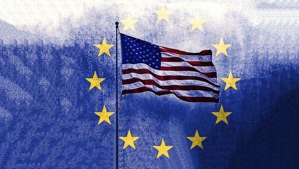 Zastave SAD i EU - Sputnik Srbija