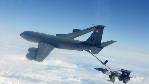 "КЦ-135 ""стратотенкер"" - Sputnik Србија"