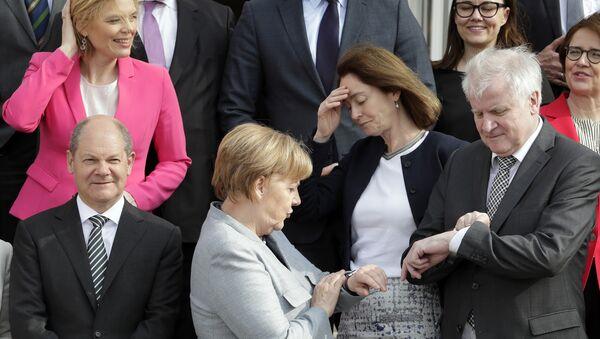 Немачка канцеларка Ангела Меркел и министар унутрашњих послова Хорст Зехофер - Sputnik Србија