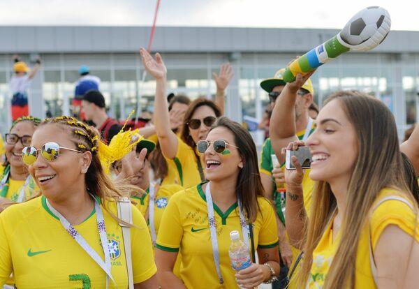Навијачице Бразила - Sputnik Србија