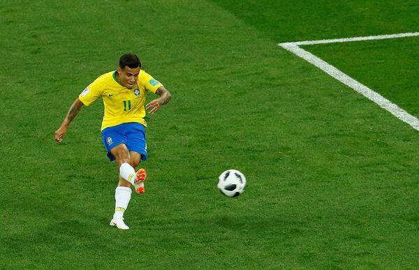 Филипе Кутињо постиже фантастичан погодак за вођство од 1:0 против Швајцарске - Sputnik Србија