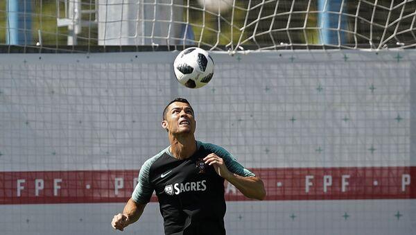 Portugalski fudbaler Kristijano Ronaldo na treningu u predgrađu Moskve u okviru Svetskog prvenstva u fudbalu 2018. - Sputnik Srbija