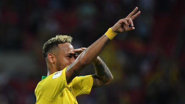 Нејмар се радује након победе Бразила над Србијом - Sputnik Србија