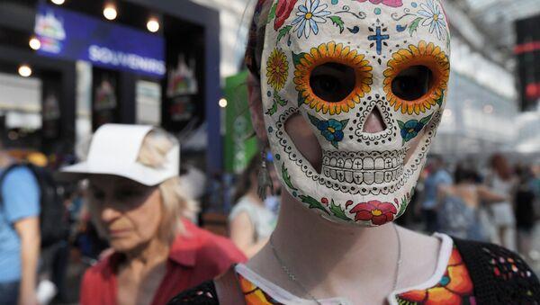 Мексички карневал Дан мртвих у Москви - Sputnik Србија