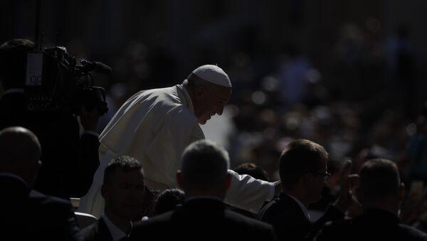 Papa Franja na Trgu Svetog Petra u Vatikanu - Sputnik Srbija