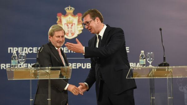 Јоханес Хан и Александар Вучић - Sputnik Србија