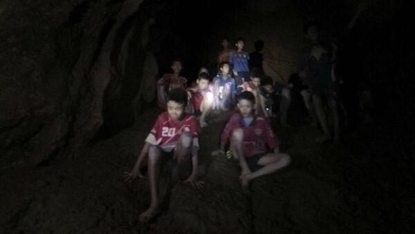 Dečaci zarobljeni u pećini u Tajlandu - Sputnik Srbija