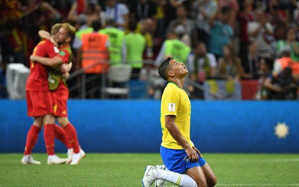 Tijago Silva razočaran nakon poraza njegove reprezentacije od Belgije - Sputnik Srbija