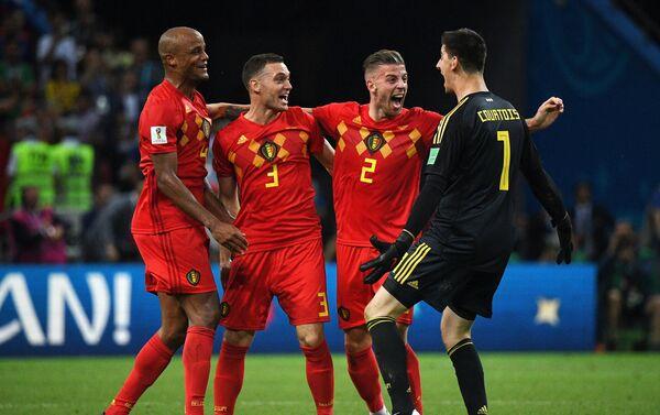 Reprezentativci Belgije proslavljaju pobedu nad Brazilom i plasman u polufinale - Sputnik Srbija