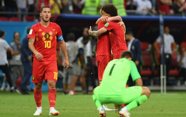 Brazilski golman Alison razočaran i reprezentativci Belgije srećni zbog ishoda utakmice Brazil - Belgija - Sputnik Srbija