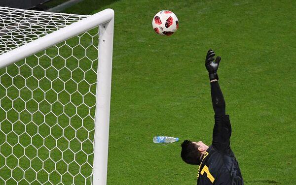 Golman Belgije Tibo Kurtoa završnim minutima meča protiv Brazila - Sputnik Srbija
