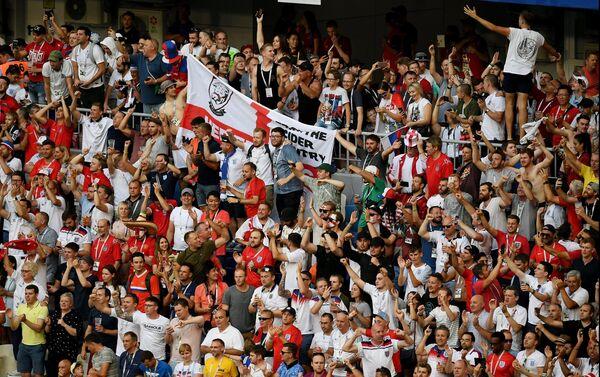 Navijači Engleske proslavljaju pobedu nad Švedskom i plasman u polufinale - Sputnik Srbija