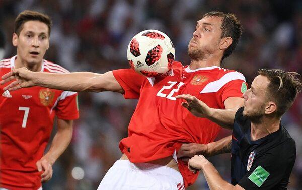 Odlični Džuba je napustio igru u 79. minutu - Sputnik Srbija
