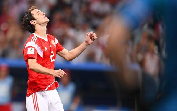 Mario Fernandes nakon promašenog penala u završnici utakmice protiv Hrvatske - Sputnik Srbija