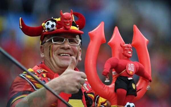 Navijač fudbalske reprezentacije Belgije na utakmici polufinala Svetskog prvenstva u fudbalu između reprezentacija Francuske i Belgije - Sputnik Srbija