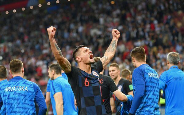 Hrvatski reprezentativac Dejan Lovren proslavlja pobedu nad Engleskom i plasman u finale - Sputnik Srbija