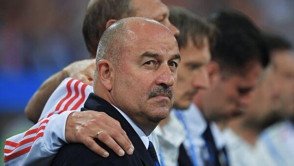 Glavni trener fudbalske reprezentacije Rusije Stanislav Čerčesov - Sputnik Srbija