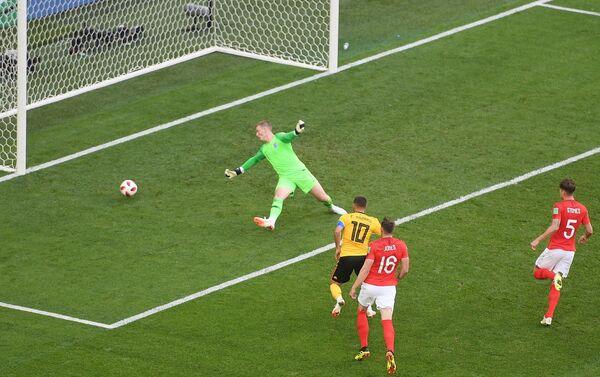 Eden Azar postiže drugi gol za Belgiju u meču za treće mesto protiv Engleske - Sputnik Srbija