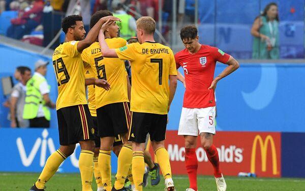 Reprezentativci Belgije proslavljaju gol u utakmici za treće mesto protiv Engleske - Sputnik Srbija