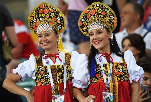 ФИФА, навијачице и фудбал - Sputnik Србија