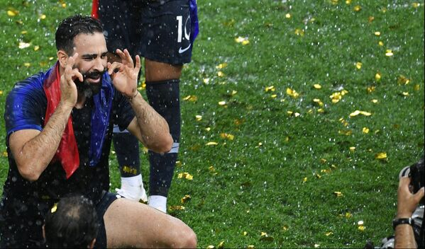 Njima se poklonio svet: Ovi momci su svetski prvaci u fudbalu! - Sputnik Srbija