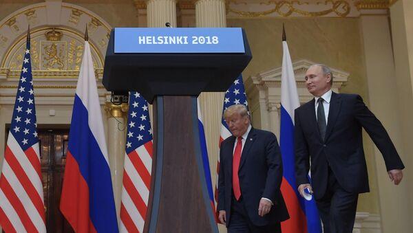 Састанак руског пердседника Владимира Путина и америчког председника Доналда Трампа у Хелсинкију - Sputnik Србија