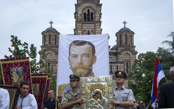 Литија је кренула испред цркве Светог Марка - Sputnik Србија